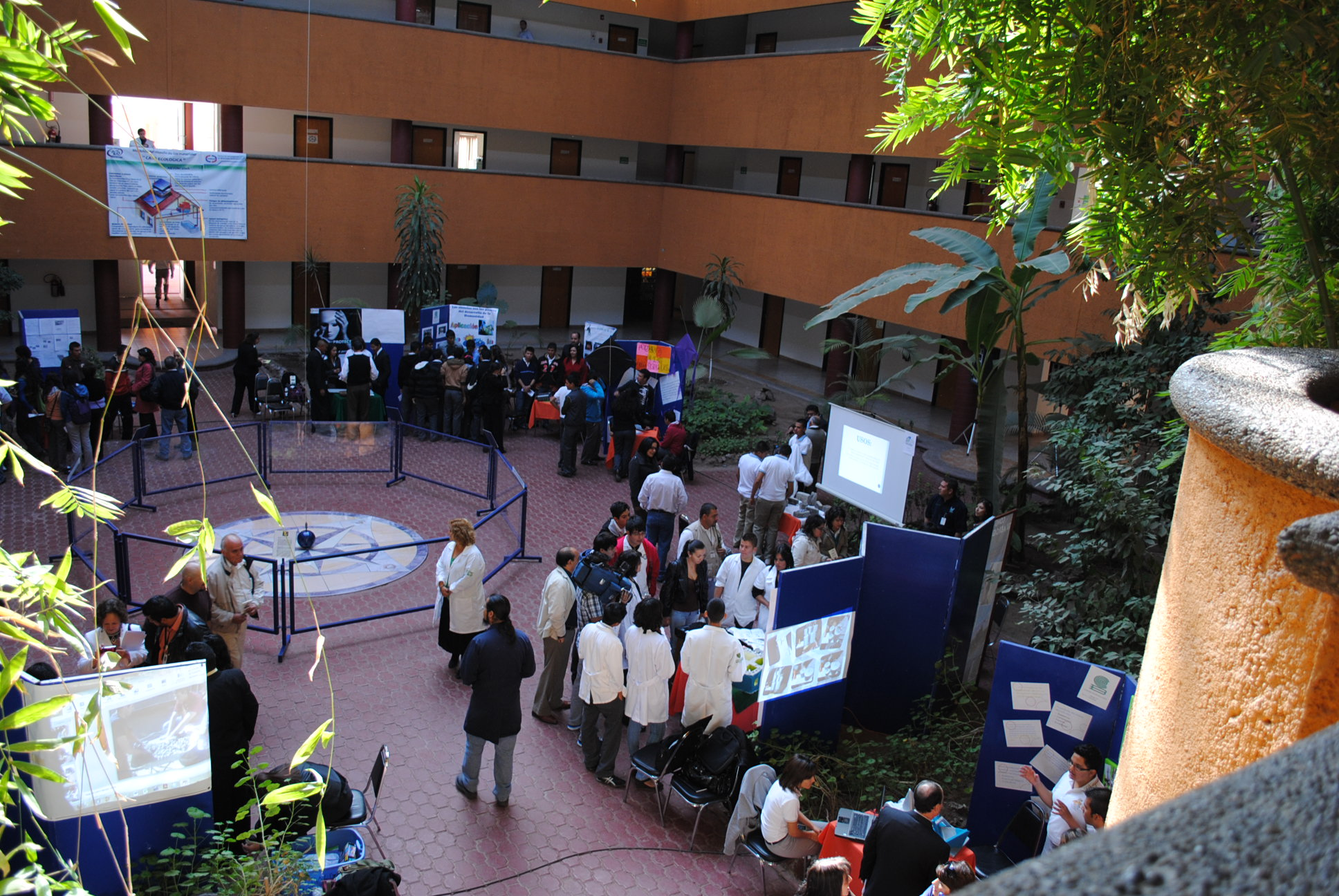 feria de ciencia y tec2010 078.jpg