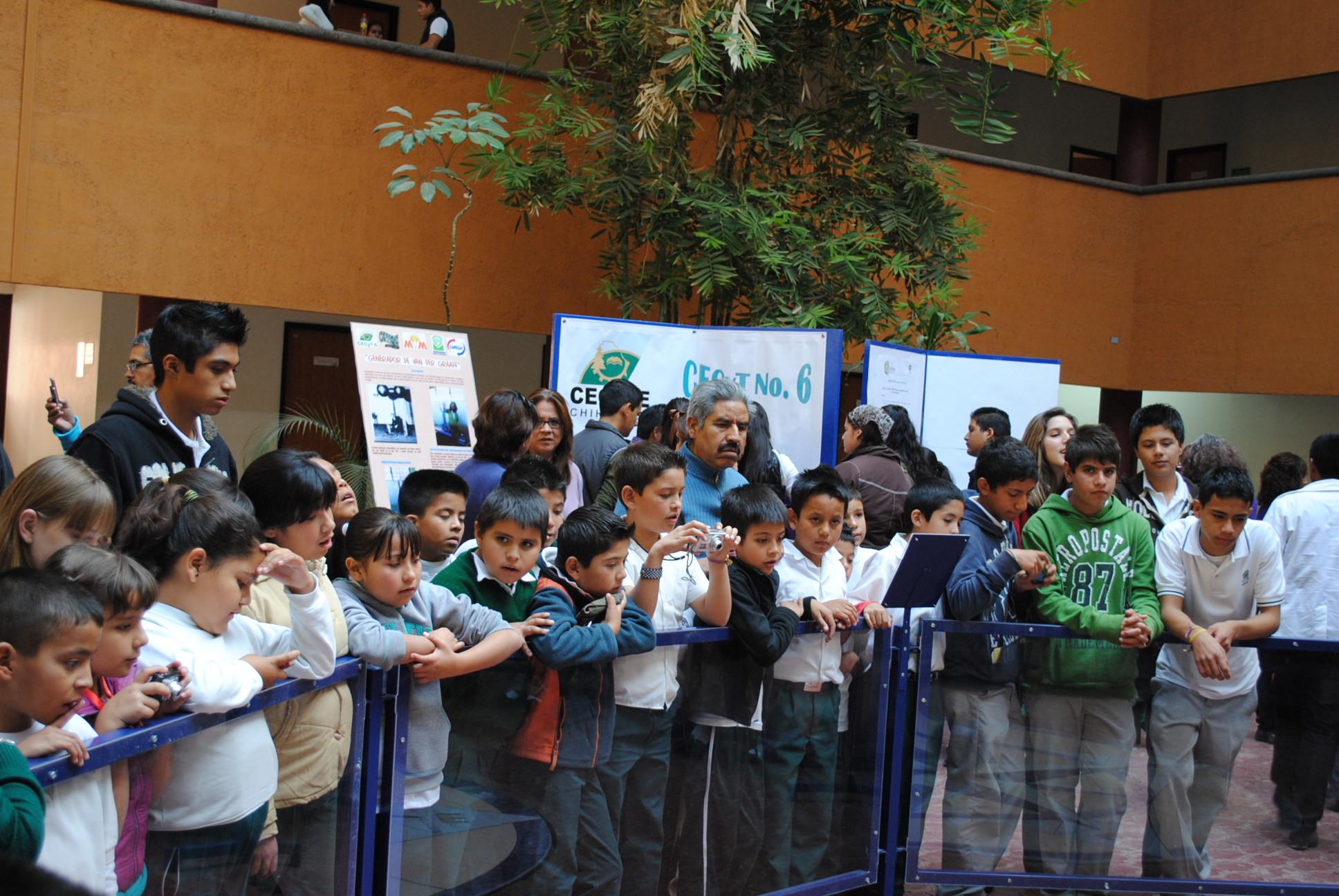 feria de ciencia y tec2010 084.jpg