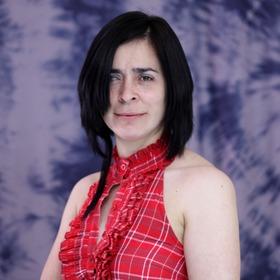 Dra. Lorena Álvarez
